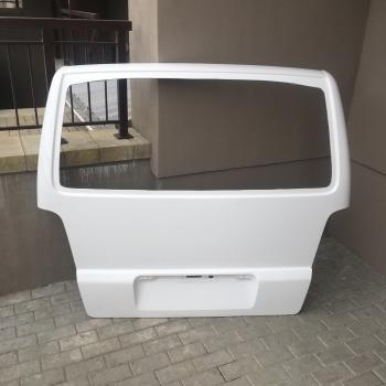 Дверь задняя (хлопушка) стеклопластик для Mercedes Vito W638